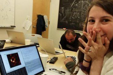 Découvrez Katie Bouman, la jeune scientifique qui a permis d'obtenir la toute première image d'un trou noir